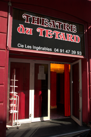 cafe-theatre-marseille-le-tetard-accueil-006